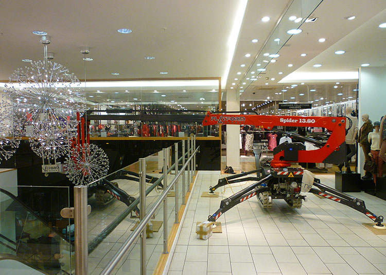 Spider 13.80 in a shopping centre