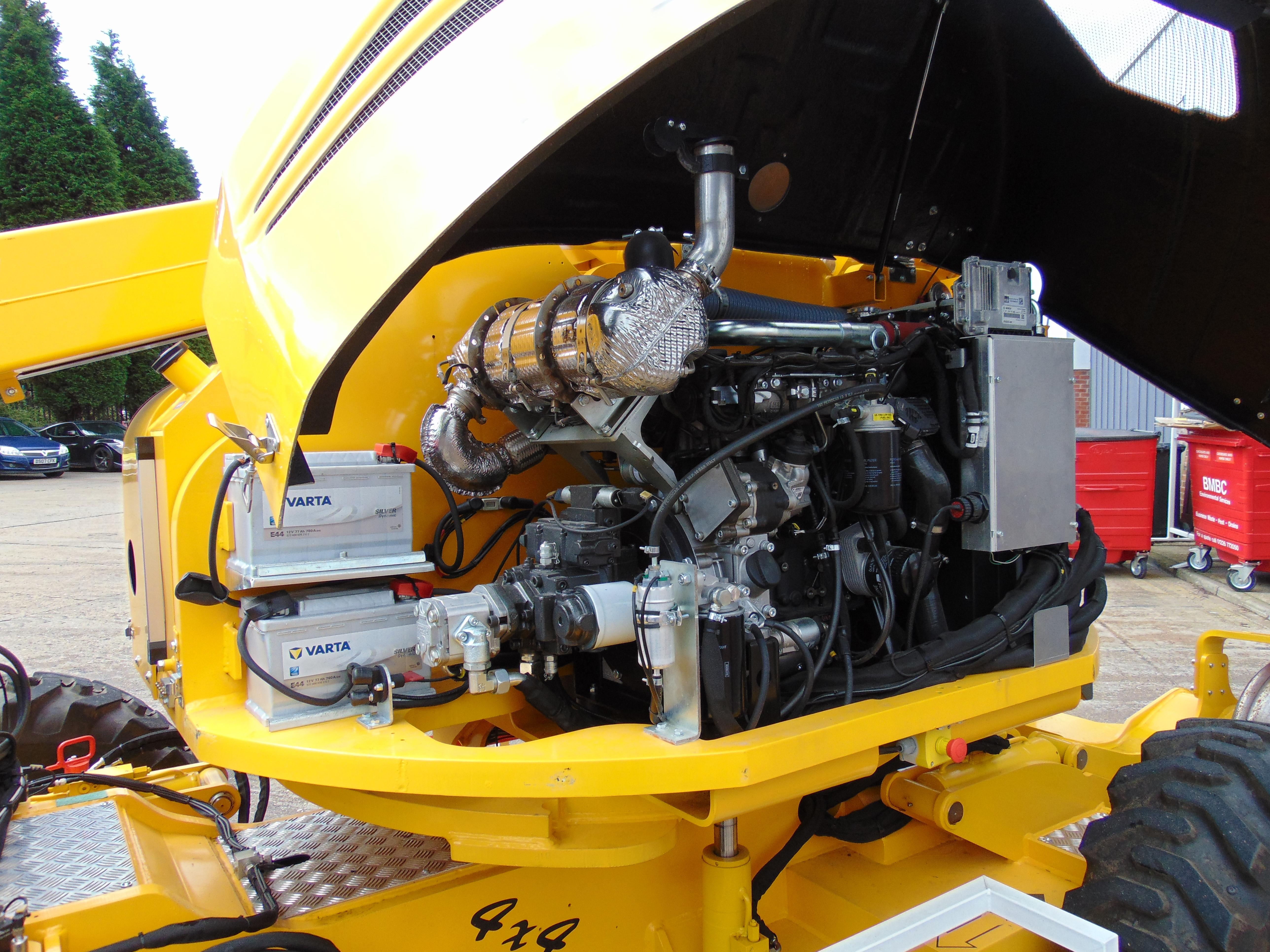 Platform Basket Evo 3/Hybrid diesel engine